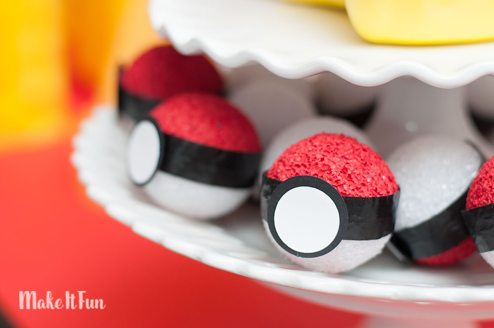 DIY Pokemon Pokeball Craft