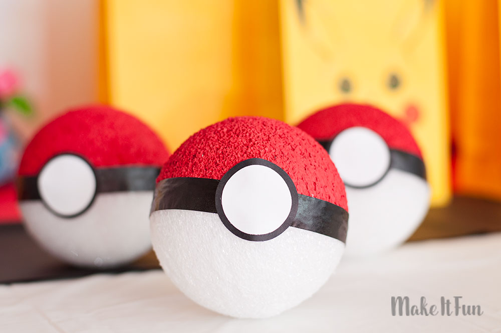DIY-Pokemon-Balls-12