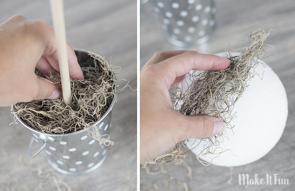 glueing-on-moss