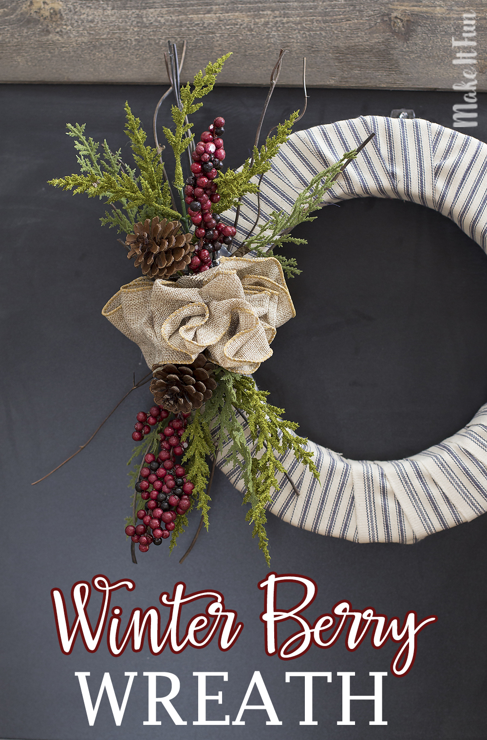 beautiful-diy-winter-berry-wreath
