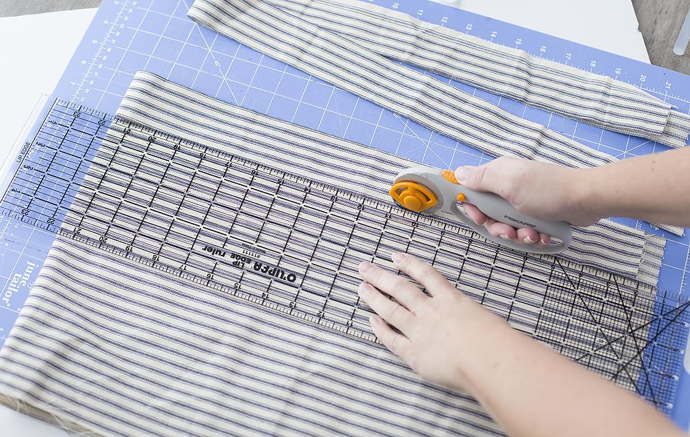 cut-2%22-wide-fabric-strips