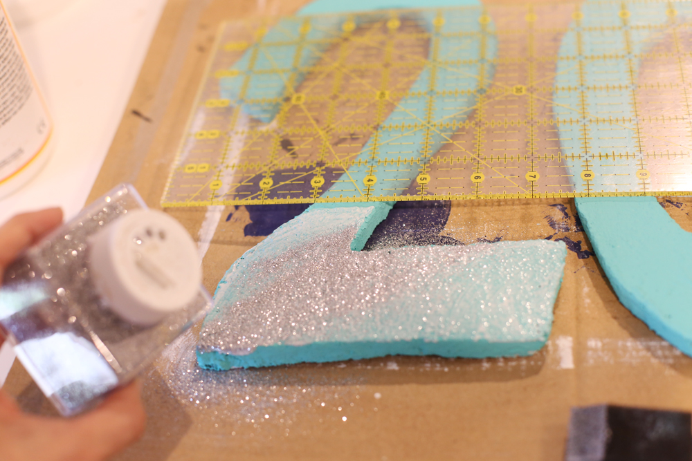 glitter-on-foam